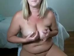 Chubby amateur milf handjob and cum creampie