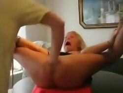 Funny scream and  pain torture , tortura y gritos castigo divertido