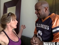 Mofos - Milfs Like It Black - (Shayla Laveaux) - Running On Da Milf
