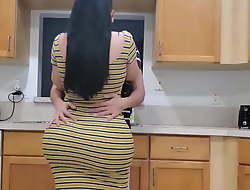 Big Butt Stepmom