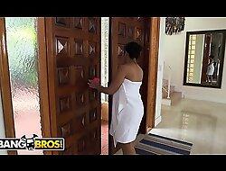 BANGBROS - Ada Sanchez Has Triad With Will not speedily find out Boyfriend Mark-up to Stepmom Diamond Kitty